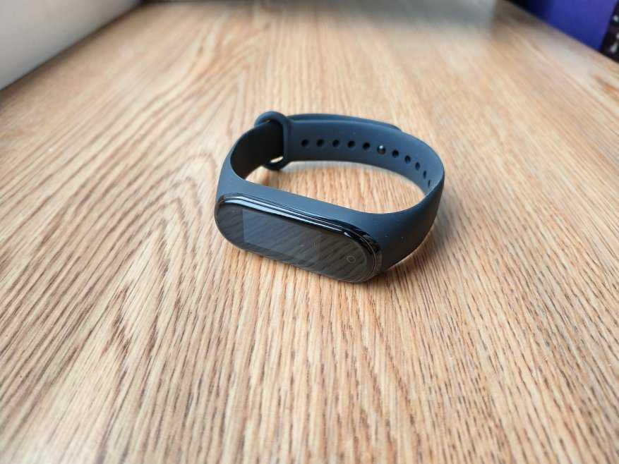 Большой обзор xiaomi mi band 4: лучший умный браслет из лучших?