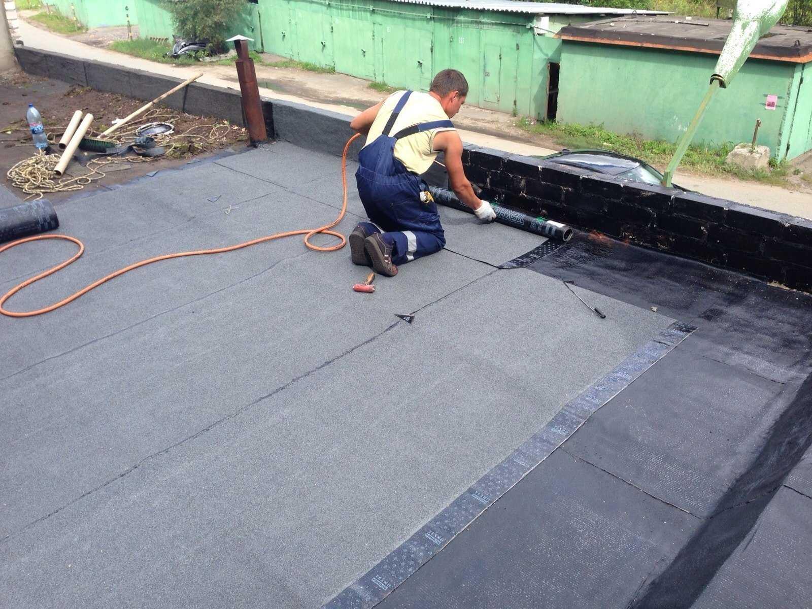 Чем лучше покрыть крышу гаража: варианты