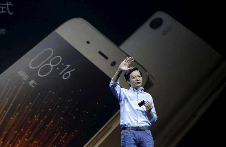 Samsung готовит сверхдешевый «антикризисный» смартфон, чтобы воевать с xiaomi - cnews