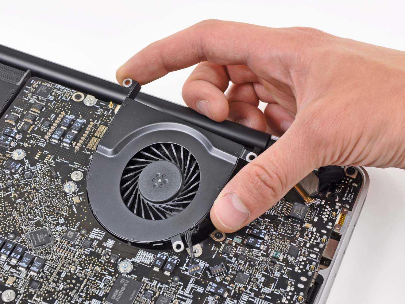 Как почистить ноутбук от пыли, не разбирая его? как почистить самостоятельно ноутбук: инструкция