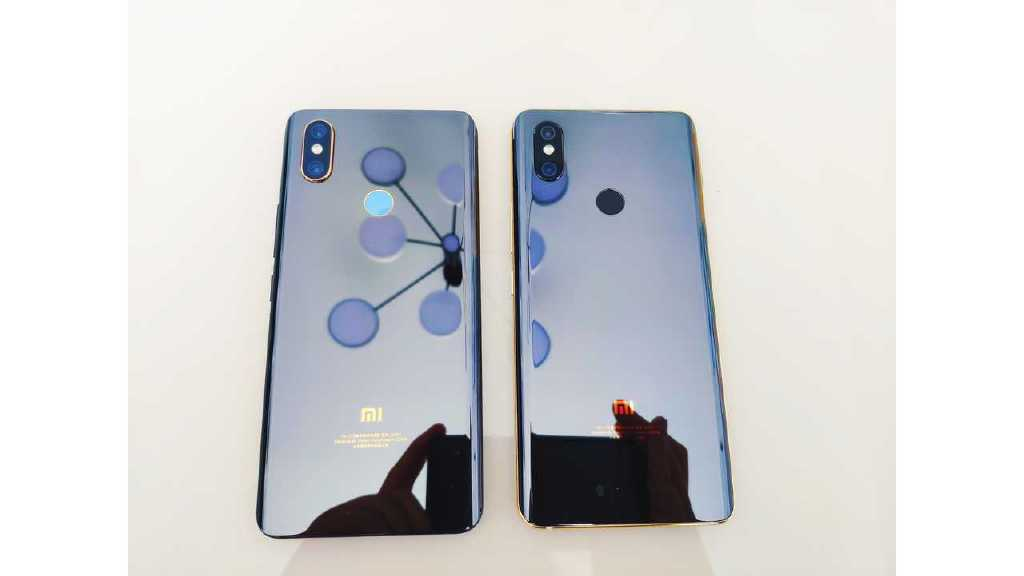 Известный инсайдер известный под ником Xiaomishka представил на своей страничка в Twitter официальное изображение флагманского смартфона Xiaomi Mi 10