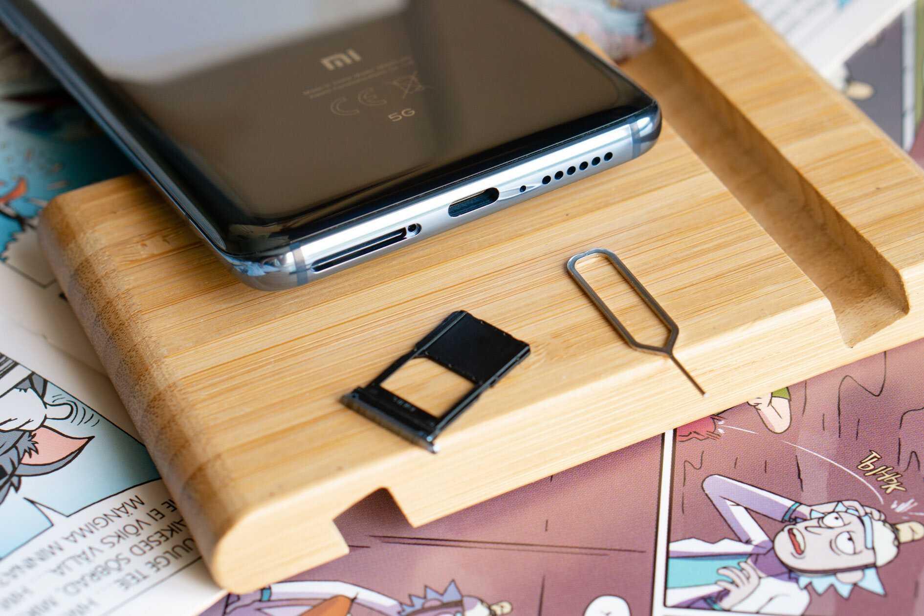 После премьеры смартфона Mi Mix Alpha стало понятно что компания Xiaomi показала последний флагман в этом сегменте до конца текущего года Стоит отметить что слухи на