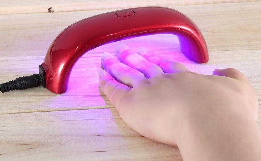 Узнайте из статьи полезную информацию о том как выбрать лампу для сушки гель лака К вашему вниманию все секреты красоты