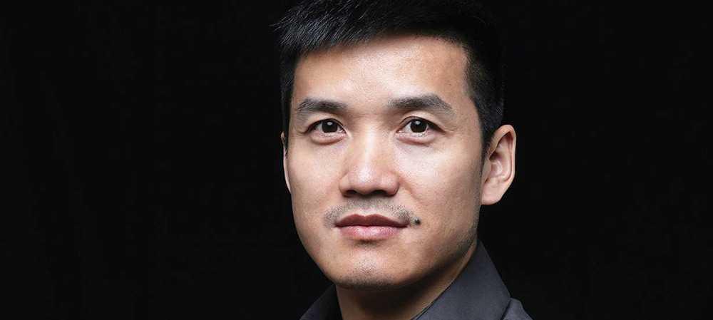 Пит Лау занимающий должность руководителя компании Пит Лау вновь представил новые тизеры бюджетной линейки смарт-телевизоров компании OnePlus На этот раз в свое