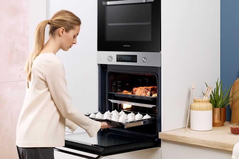 Выбираем и сравниваем духовой шкаф и мини-печь: главные различия и особенности, плюсы и минусы моделей