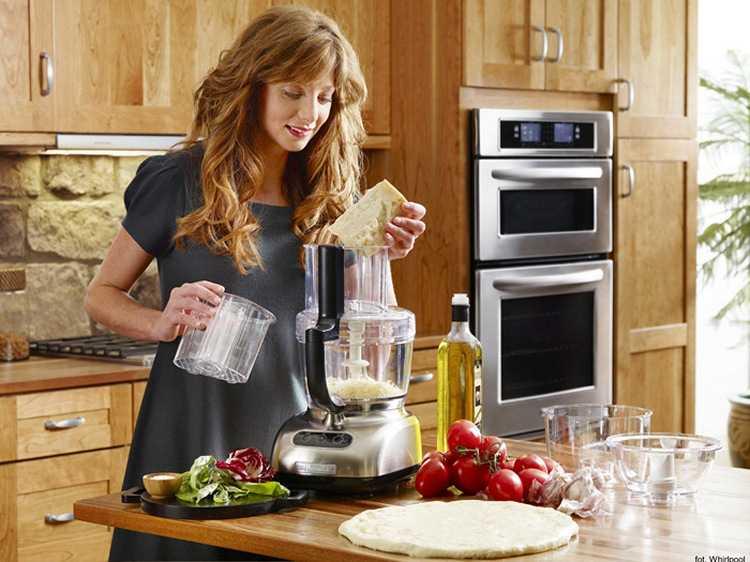 Топ 7 лучших кухонных комбайнов по отзывам покупателей