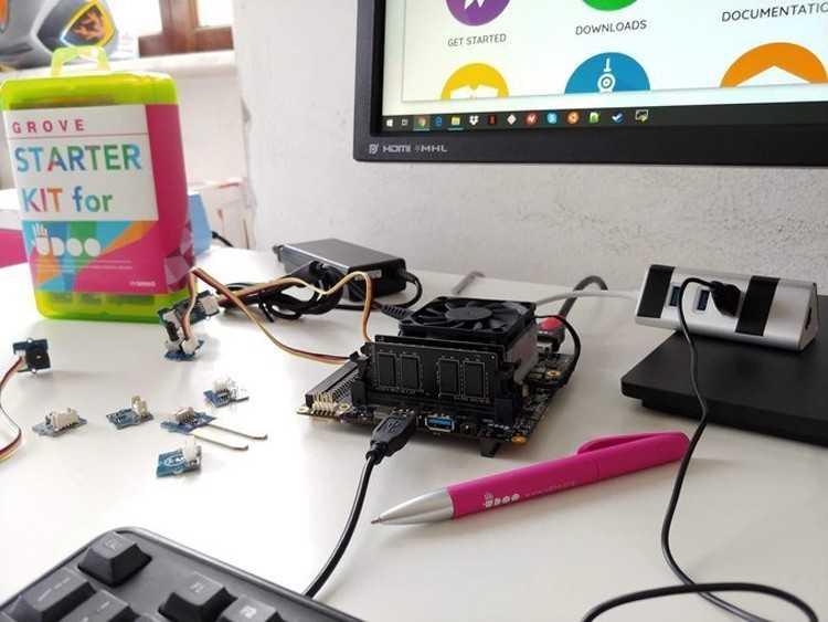 Компания amd представила два маломощных процессора: 6 вт ryzen embedded r1102g и 10 вт ryzen embedded r1305g