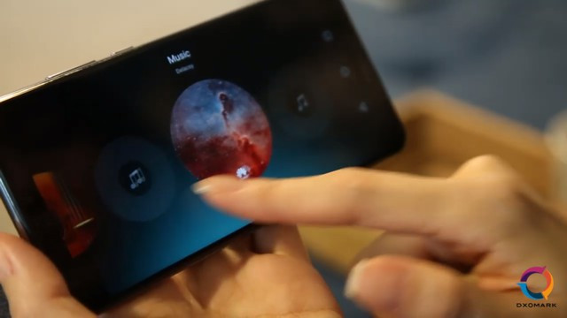 Видеозвонки, голосовой ассистент и обмен данными. что ещё нового в emui 10.1 от huawei - androidinsider.ru