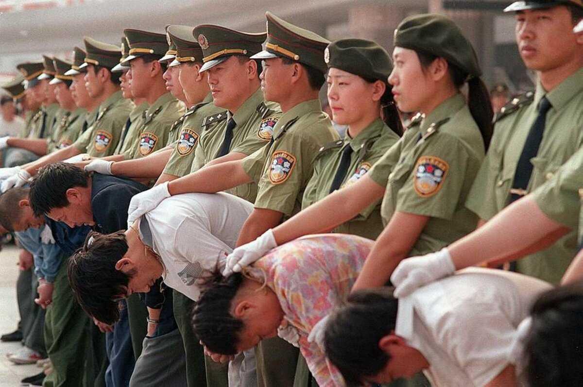 Почему huawei продолжает богатеть несмотря на санкции и запреты