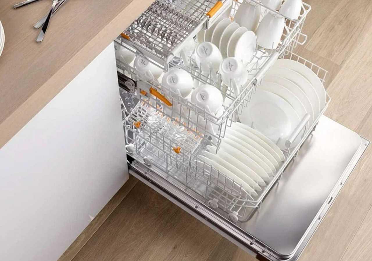 Как часто нужно проводить чистку посудомоечной машины
