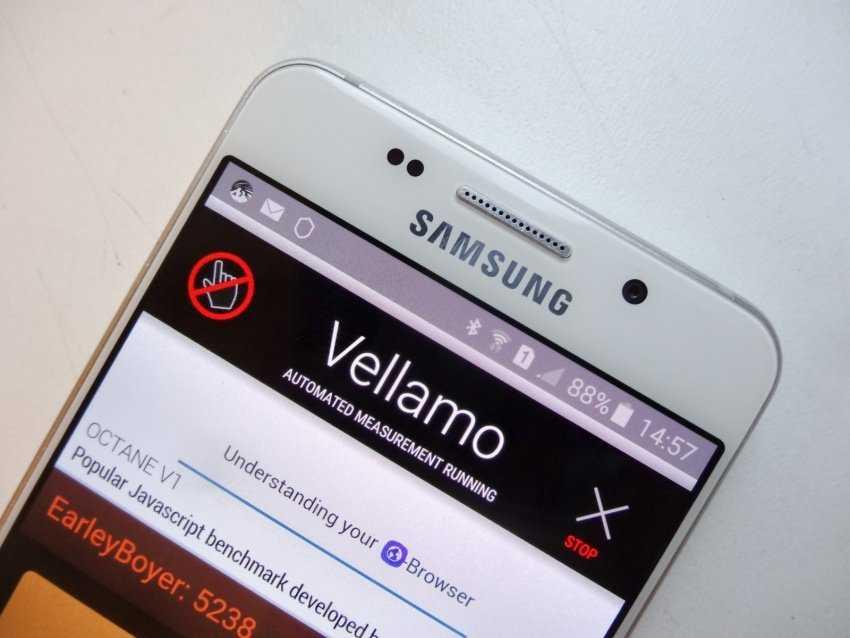 Вслед за A10s и A30s компания Samsung показала еще одну усовершенствованную версию бюджетного смартфона – Galaxy A20s Напомним это один из самых простых представителей