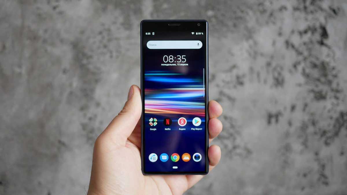 Realme выходит на российский рынок с тремя смартфонами / мобильные устройства / новости фототехники