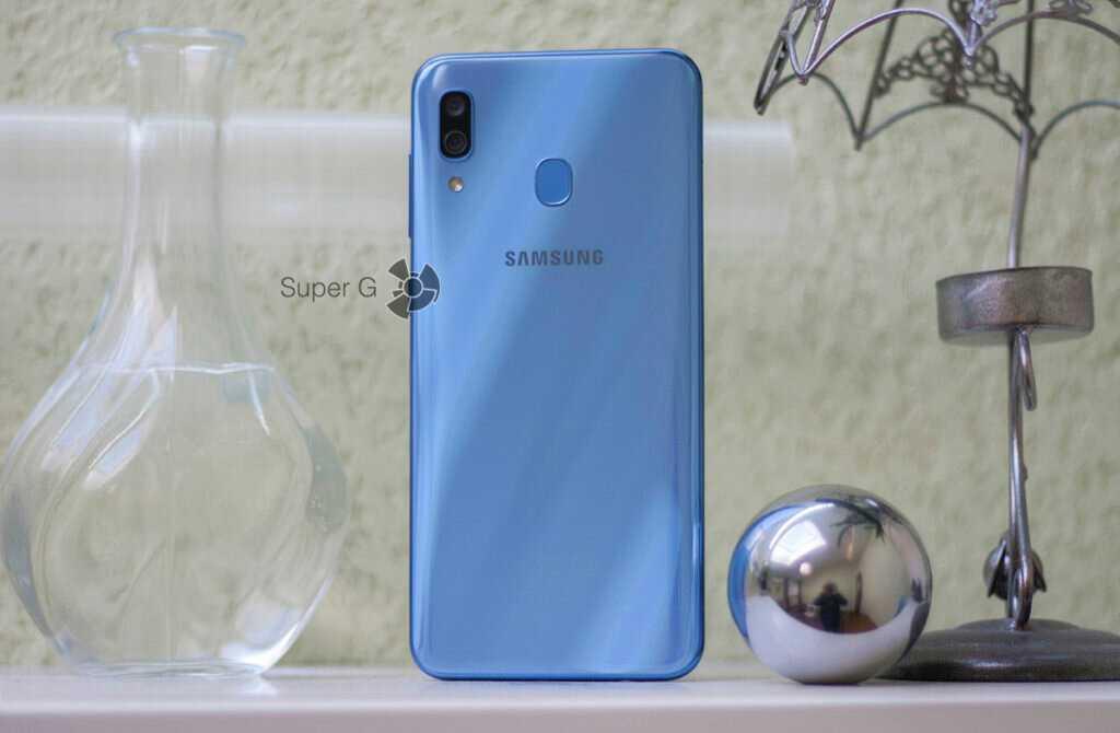 Специалист издания CashKaro представил рендерные фото нового смартфона Samsung Galaxy A71 Инсайдер @OnLeaks утверждает что изображения на 100% соответствуют
