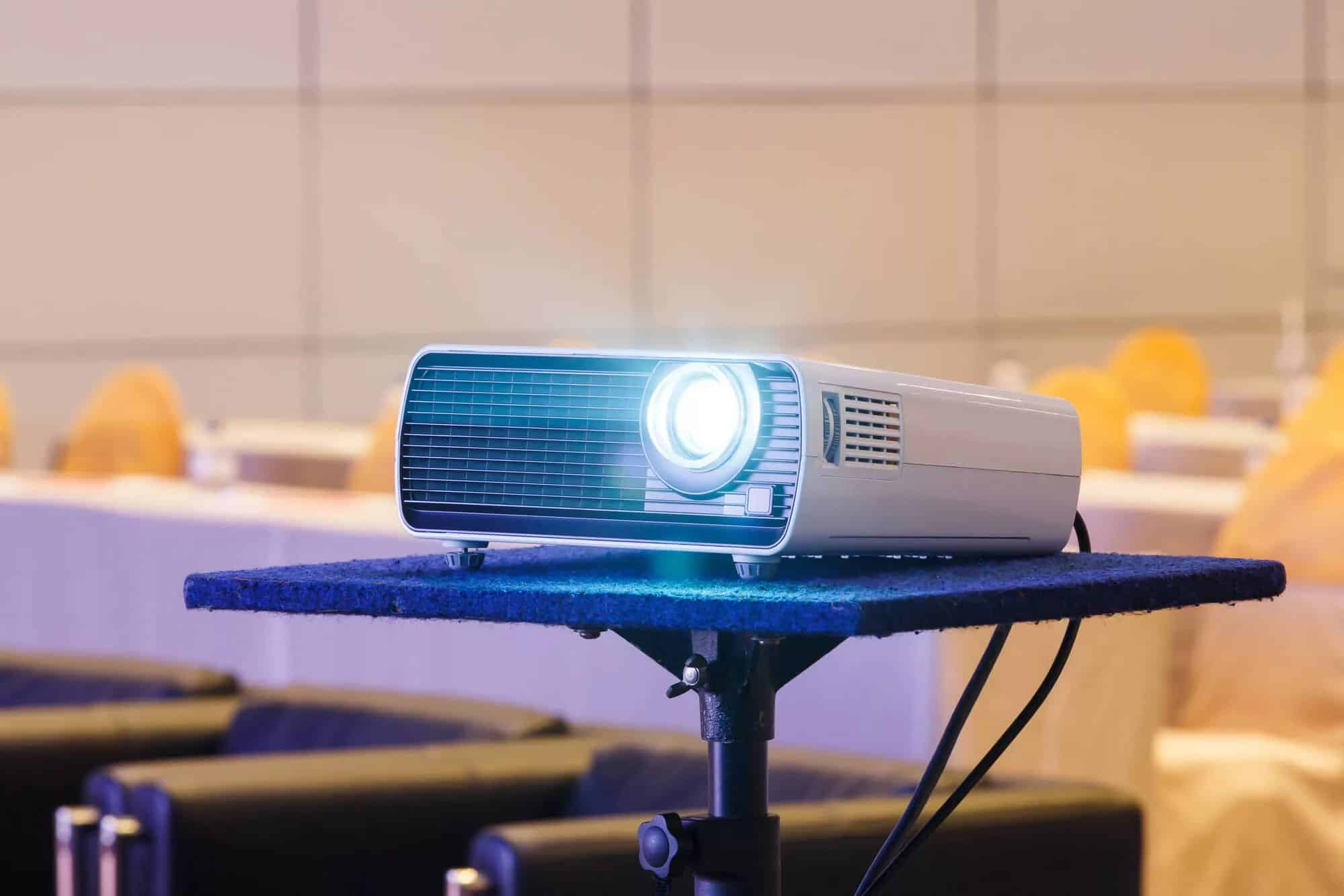 Как выбрать хороший домашний проектор