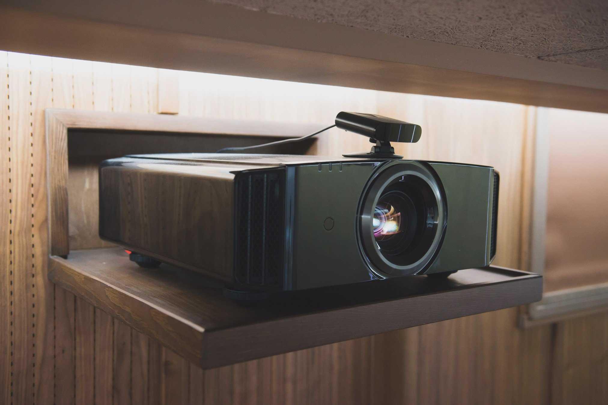 Топ лучших проекторов 2020 года: новинки от бюджетных до дорогих