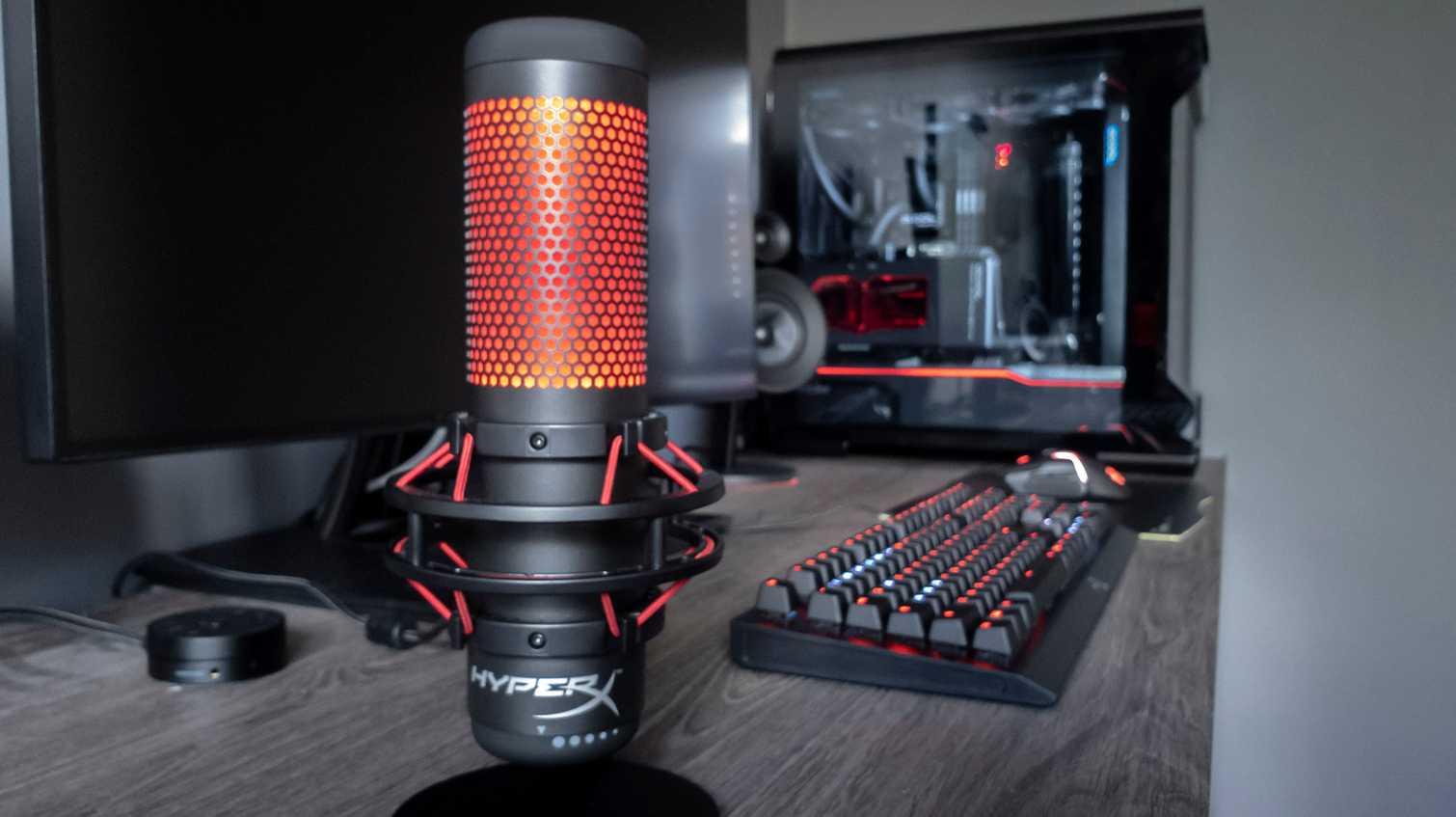 Hyperx quadcast: универсальный студийный usb-микрофон