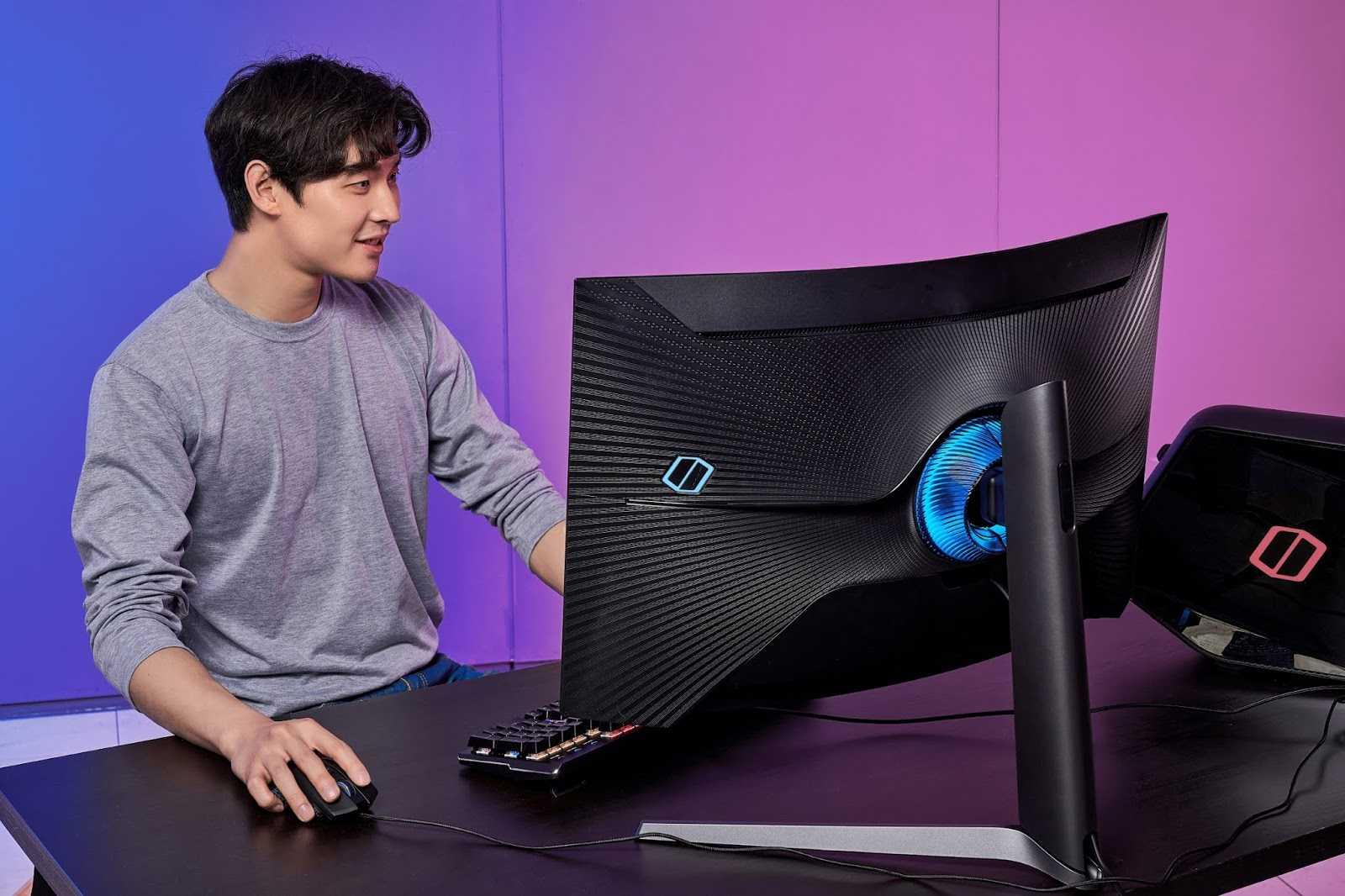 28 мая во вторник состоялась презентация новых решений компании AMD В очередной раз производитель порадовал поклонников своей продукции технологическим прорывом