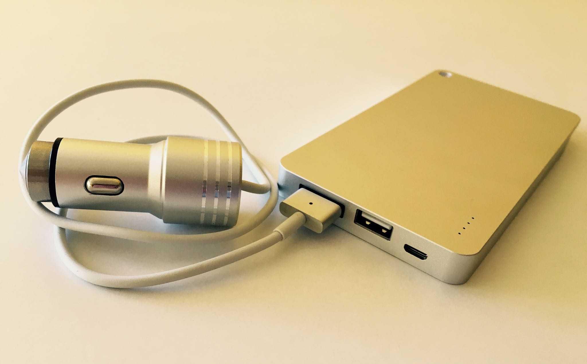 Заряжает даже macbook pro без розетки. обзор очень большого powerbank