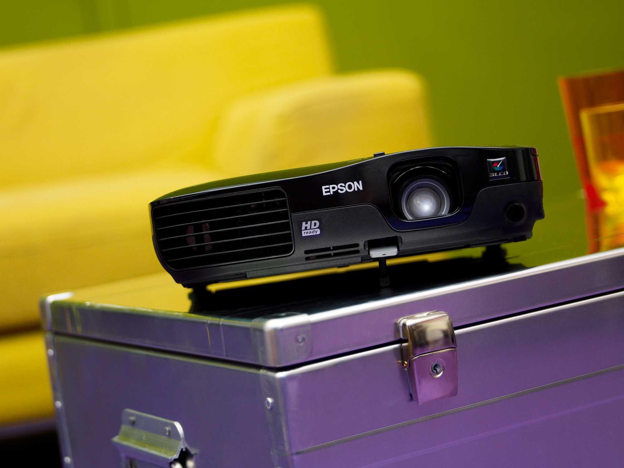 Какой проектор выбрать для домашнего кинотеатра в 2020 году: рейтинг бюджетных, недорогих, 4к, лазерных, китайских моделей