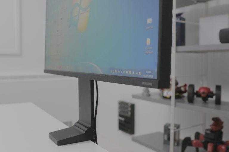 Обзор 27-дюймового wqhd-монитора samsung c27jg50qqi: игровой, изогнутый, доступный