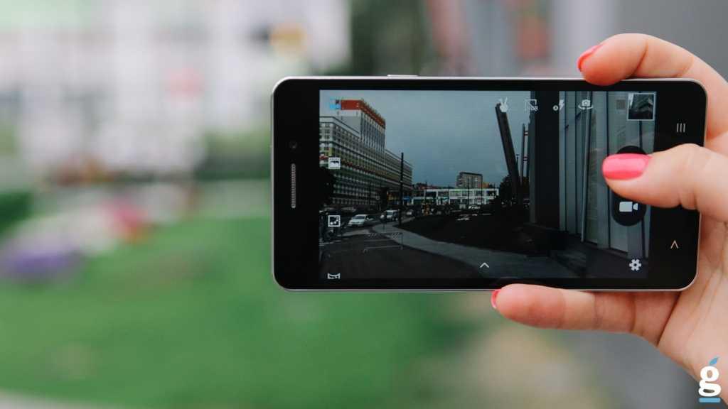 Samsung представил первую в мире 64-мегапиксельную матрицу для смартфонов / мобильные устройства / новости фототехники