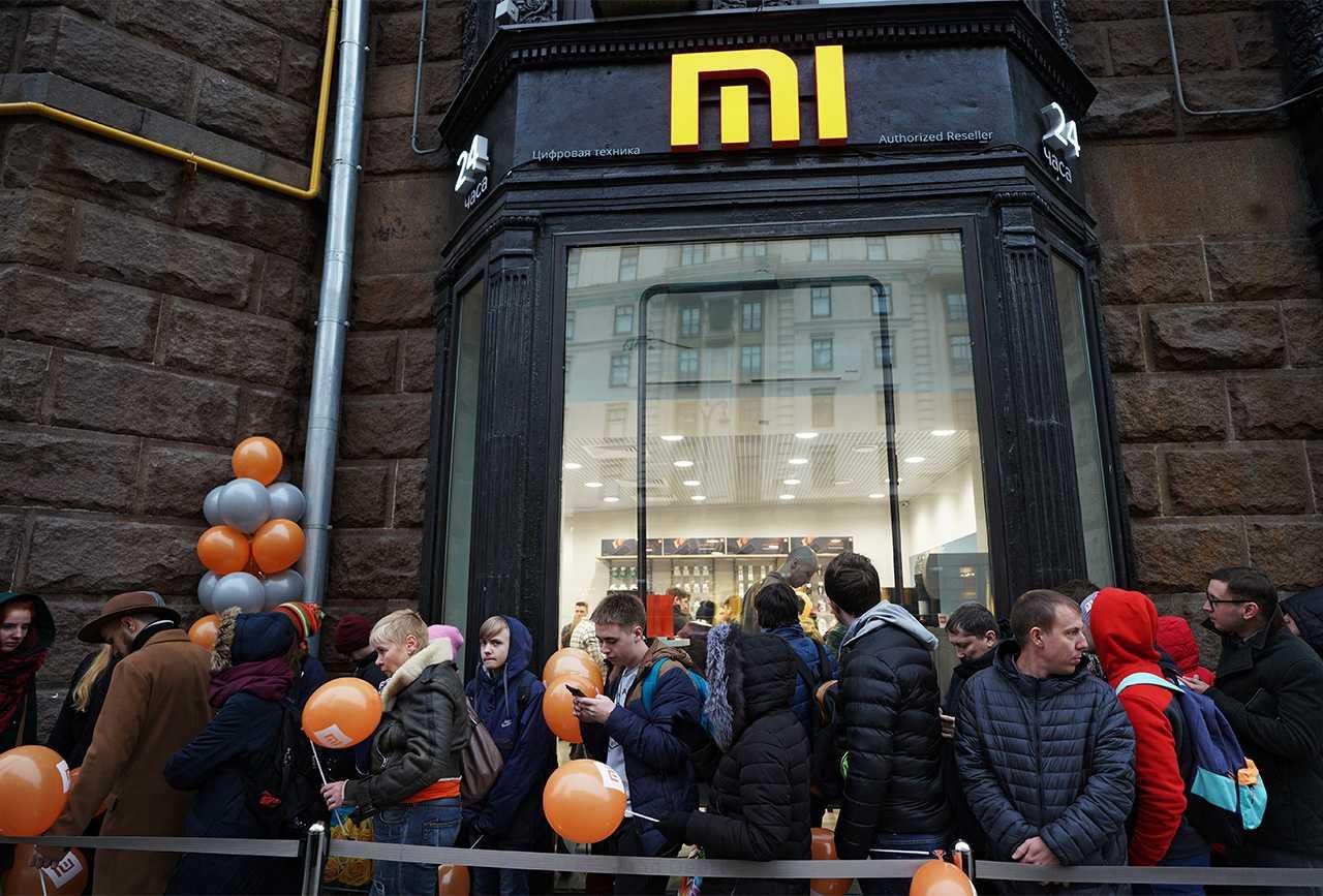 Xiaomi начала экспансию в россии с бюджетника-блокбастера и 100 магазинов