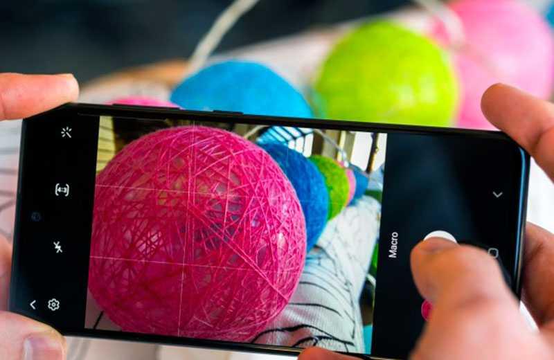 Функция распознания лиц  в телефоне самсунг