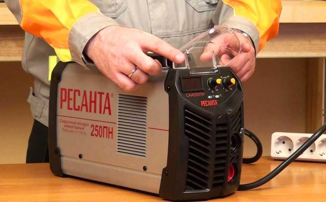 Советы по выбору сварочного аппарата для дома и работы параметры на которые стоит обращать внимание в первую очередь Лучшие производители сварочных аппаратов