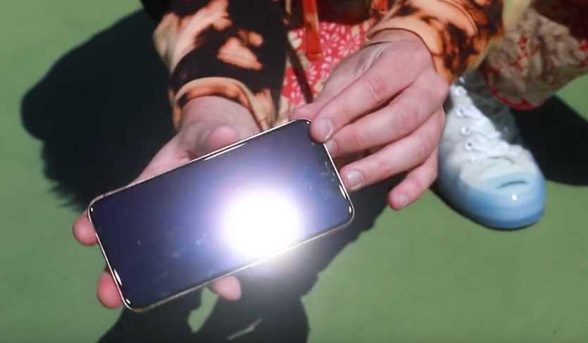 Новые iphone 12 калечат людей и моментально теряют товарный вид. решения проблемы нет - cnews
