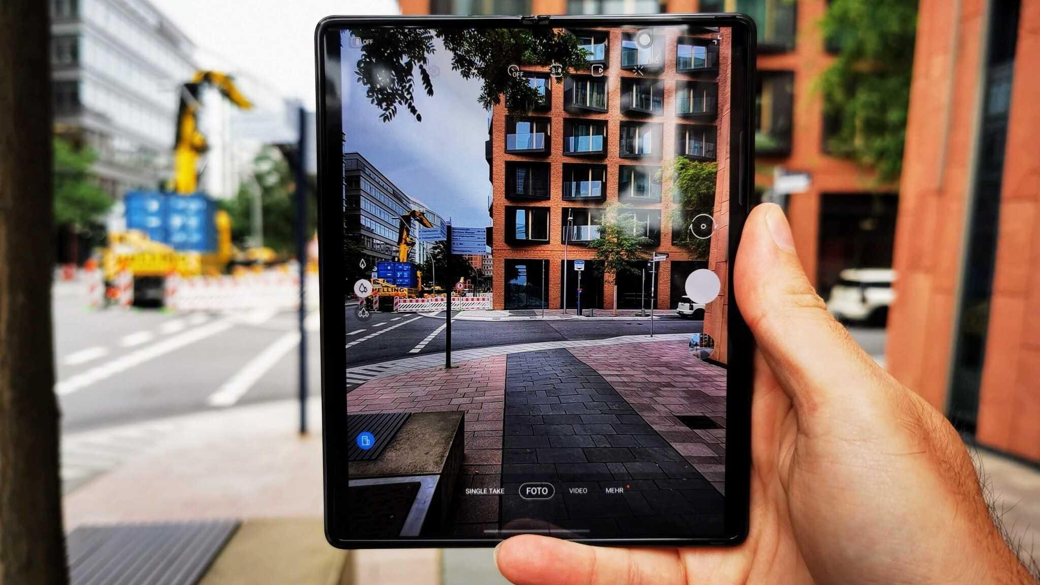 Как смартфон без рамок и выдвижных камер может делать фронтальные снимки