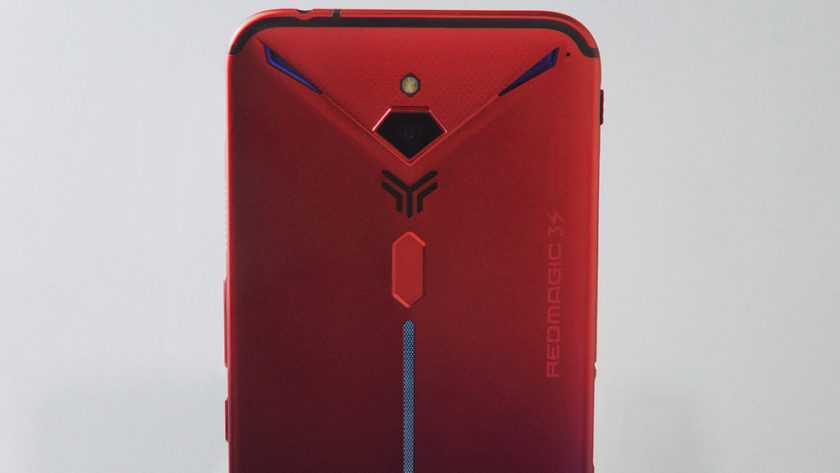 Как и ожидалось следом за компанией ASUS другие компании тоже стали разрабатывать игровые смартфоны на базе нового чипа от Qualcomm