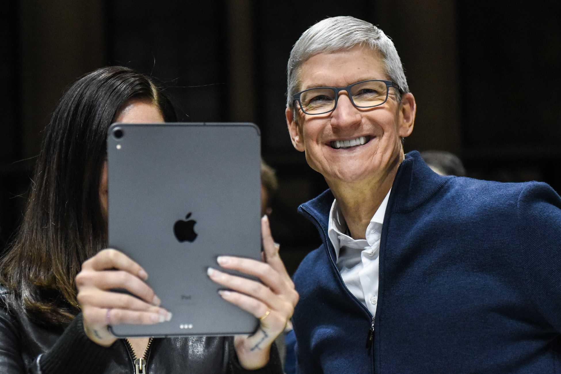 У apple трагедия. продажи iphone в китае катастрофически упали - cnews