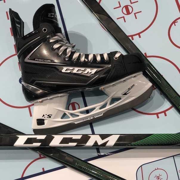 Хоккейная клюшка для ребенка: как правильно выбрать