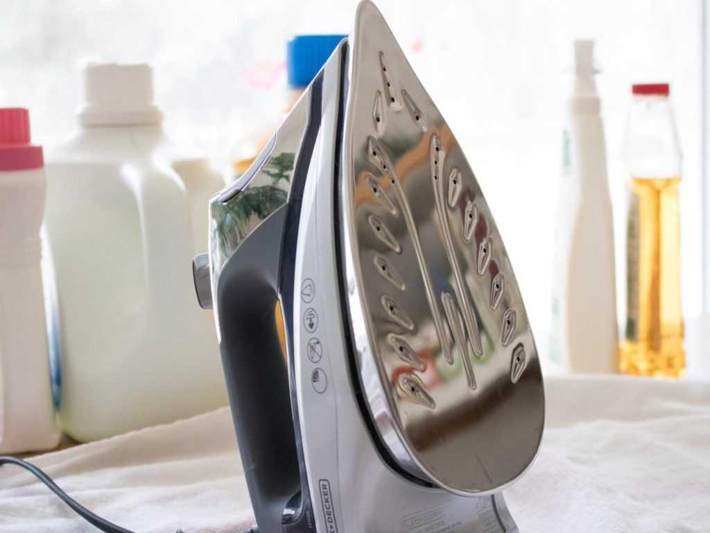 Чистка утюга. простые советы, как почистить утюг от накипи и нагара