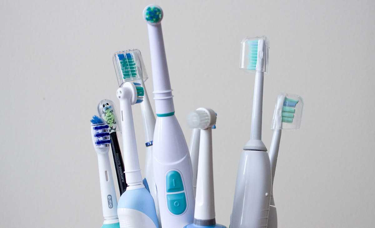 Звуковая зубная щетка – какая лучше и как выбрать