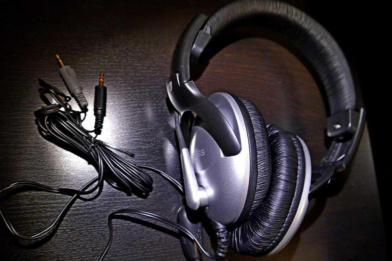 Что означает сопротивление наушников и как оно влияет на звук