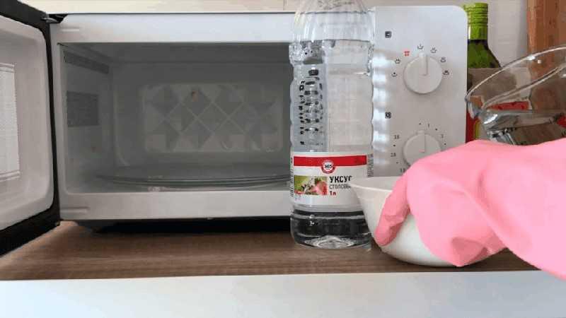 Мультиварка незаменимый помощник практически каждой домохозяйки сегодня мы разберемся как отмыть мультиварку внутри и снаружи от жира и какие моющие средства при этом стоит применять