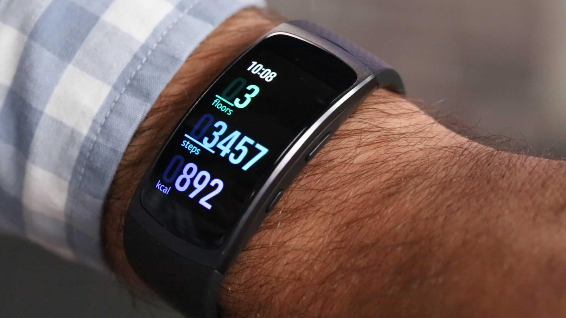 Состоялась презентация нового смарт-браслета серии Galaxy Fit 2 от компании Samsung Как и ожидалось продукт получил отличную автономию Емкости хватает на 2 недели