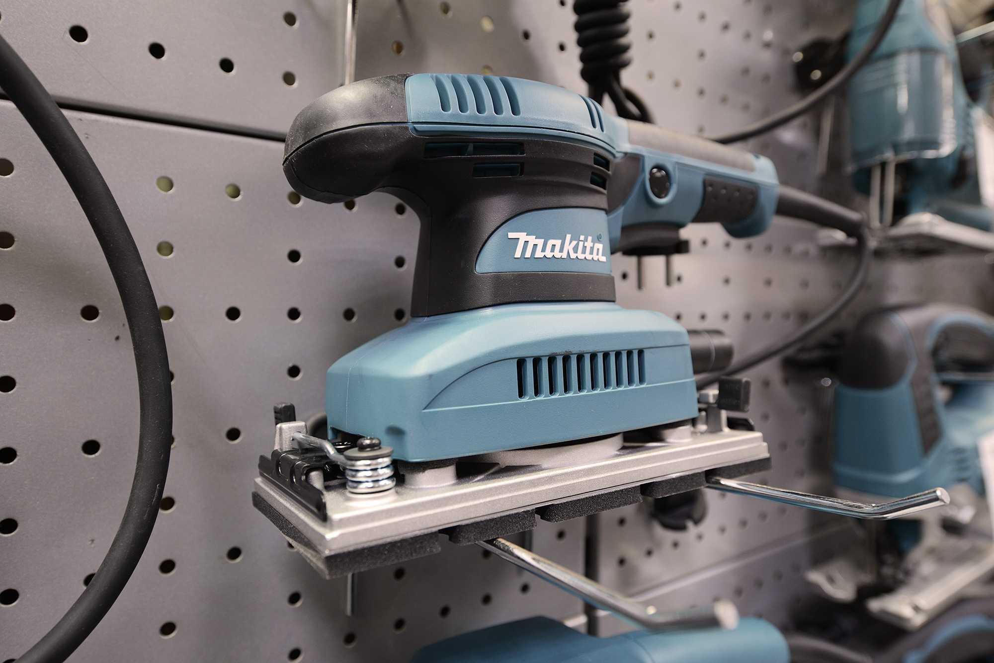 Шлифовальные машинки по дереву: ленточные, вибрационные, эксцентриковые, лепестковые, рейтинг лучших моделей, их плюсы и минусы, как выбрать подходящую