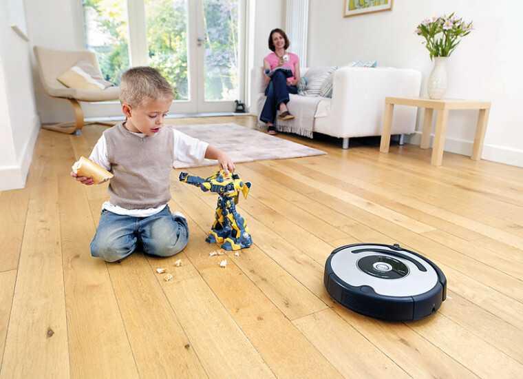 Что выбрать: обычный пылесос или робот-пылесос?