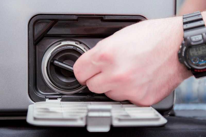 Советы и рекомендации, как почистить сливной фильтр в стиральной машине бош