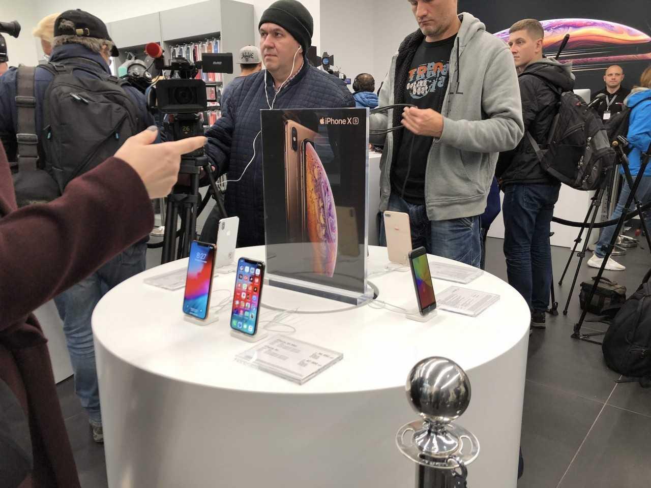 Все iphone 12 pro распродали на 3 недели вперед: обычный iphone 12 никому не нужен?