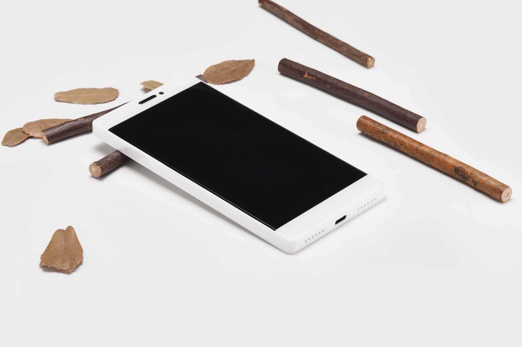 Royole flexpai - первый по-настоящему гнущийся смартфон / мобильные устройства / новости фототехники