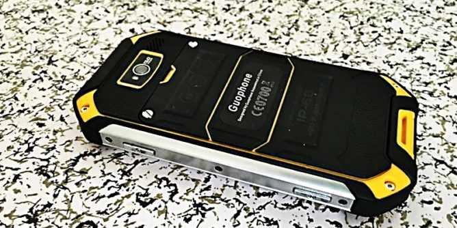 Россияне выпустили дешевые смартфоны с внушительными аккумуляторами. цена - cnews