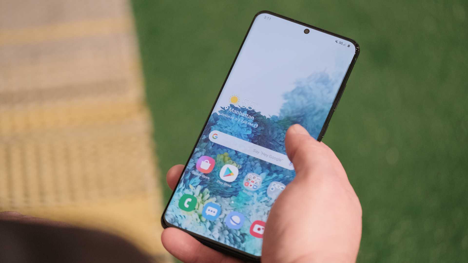Относительно недолго осталось ожидать презентации многообещающего флагмана Samsung Galaxy A90 до премьеры которого в сети пестрили самыми разнообразными теориями
