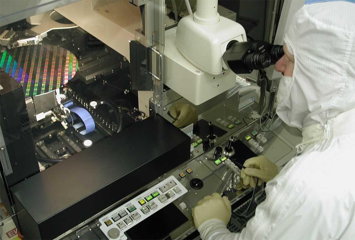 Российская микроэлектроника требует 800 миллиардов