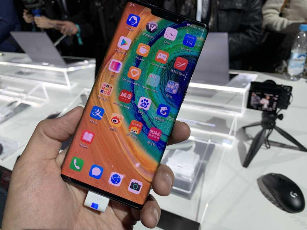 Было 10 — стало 5. чего huawei добивается новым складным смартфоном?