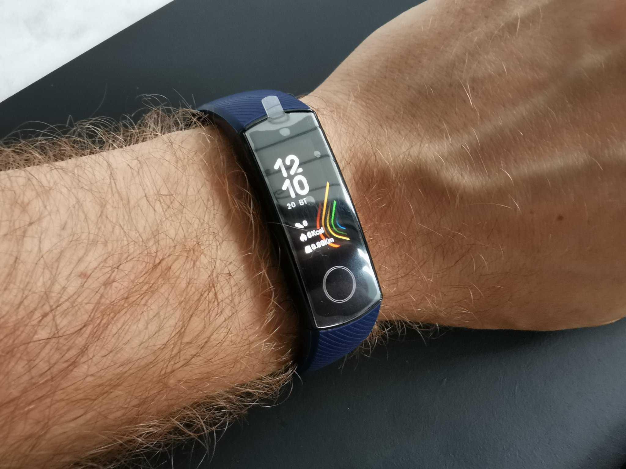 В сентябре 2018 года в рамках презентации смартфона Honor 8X был представлен фитнес-браслет Band 4