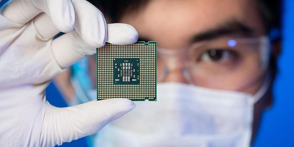 Apple выпускает монструозные процессоры, которые перевернут отрасль вверх дном