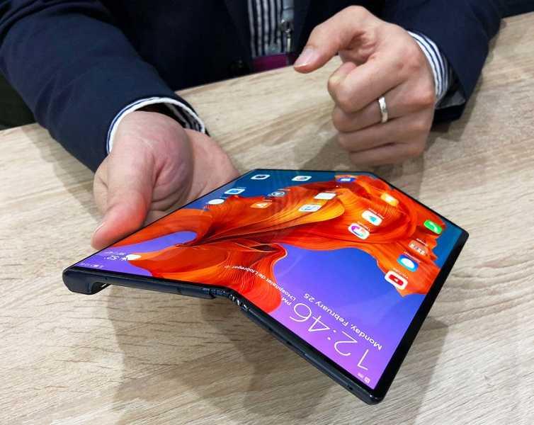 Немного за 30: в россии установлен рекорд по продажам смартфонов